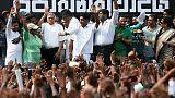 احتجاج في سريلانكا على إقالة رئيس الوزراء