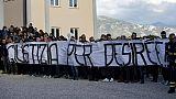 Desiree:'Giustizia',striscione funerali