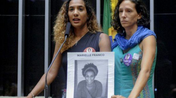 """""""Nous nous sentons en danger"""" au Brésil, confie la soeur d'une militante lesbienne assassinée"""