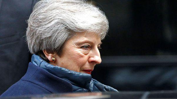 رئيسة وزراء بريطانيا تدعم الدعوة الأمريكية لوقف التصعيد باليمن