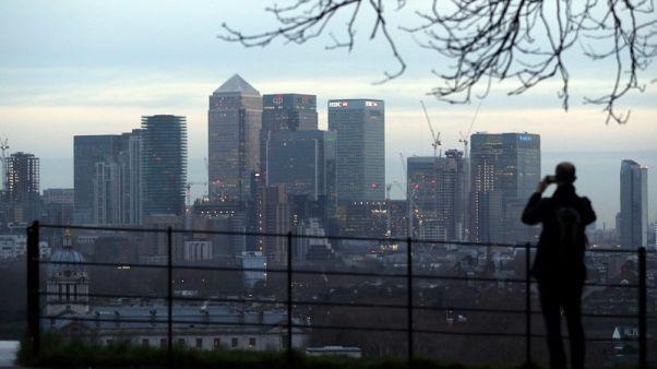 UK funds shift into bonds, snap up U.S. stocks - Reuters poll