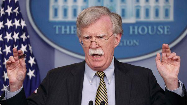 بولتون: أمريكا لا تريد الإضرار بالأصدقاء من خلال عقوبات إيران