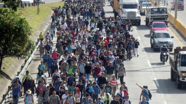 Deux mille Salvadoriens prennent à leur tour la route des Etats Unis