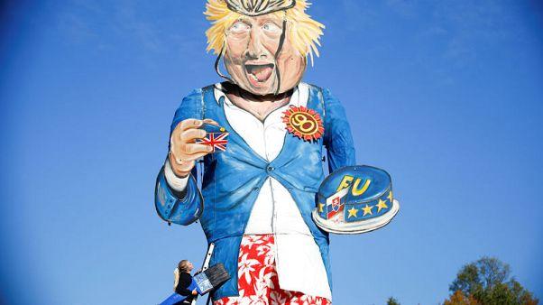 """بوريس جونسون ضحية احتفال ليلة """"بون فاير"""" هذا العام في بريطانيا"""