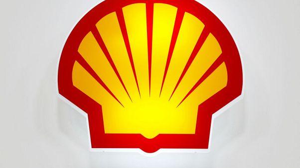 Shell accelerates share buybacks as profits soar