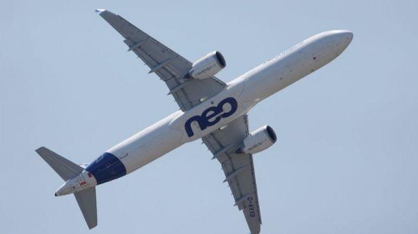 Vietjet to finalise $6.5 billion Airbus order - sources