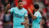 Newcastle skipper Lascelles signs new six-year deal