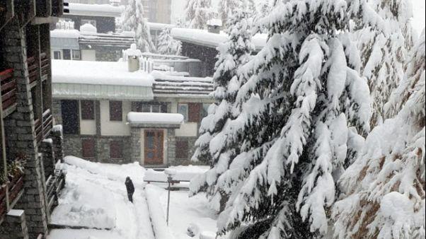 Mezzo metro neve Cervinia,sci da sabato