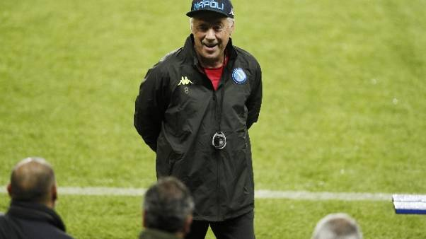 Napoli: Ancelotti, la Juve è favorita