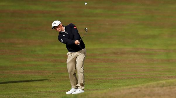 Dunne grabs narrow first-round lead in Turkey