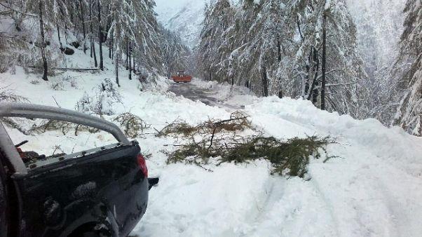 Su montagne Torino fino a 30cm di neve