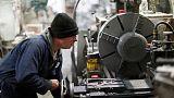 مسح- المصانع في المملكة المتحدة تسجل أسوأ أداء شهري منذ يوليو 2016