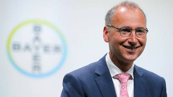 Bayer CEO backs group's diversified structure