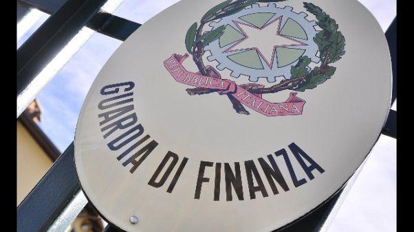 Fisco:svende 75 case e terreni,sequestro