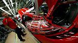 نمو أنشطة مصانع منطقة اليورو يتباطأ من جديد في أكتوبر