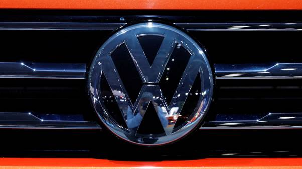 VW taps Baidu's Apollo platform to develop self-driving cars in China