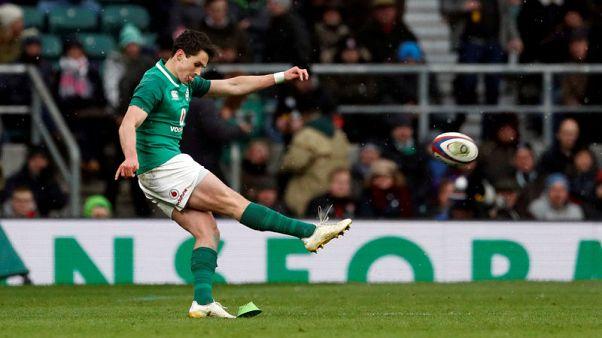 Schmidt has faith in Carbery to steer Ireland from flyhalf