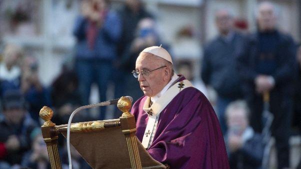 Papa: prega su tombe bambini non nati