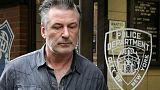 توجيه الاتهام للممثل أليك بالدوين بعد شجار على مكان انتظار سيارات