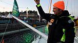 Route du Rhum: les voiliers acclamés au passage des écluses