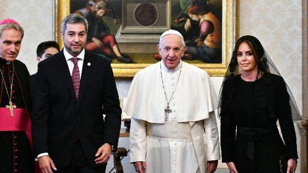 Papa riceve presidente Paraguay Benitez