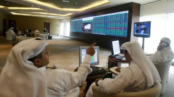 بورصة قطر ترتفع بعد تعيينات جديدة والسعودية تتراجع بفعل نتائج ضعيفة