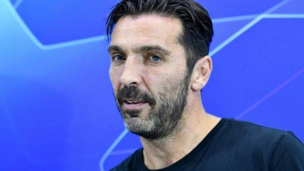 """Naples-PSG: Buffon titulaire ? """"Un geste de respect envers +Gigi+"""", explique Tuchel"""