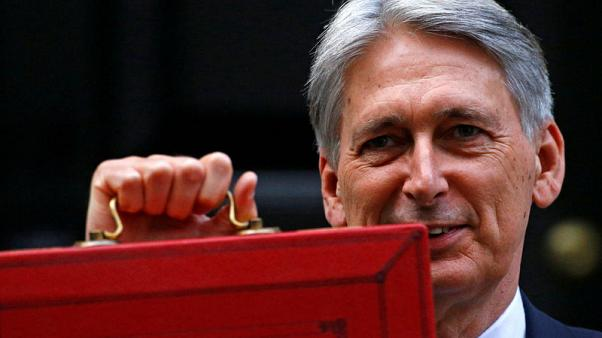 Hammond says growth, not budget surplus, key to reduce debt