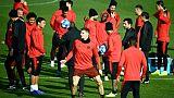 Le PSG joue son avenir européen à Naples, dans un contexte brûlant