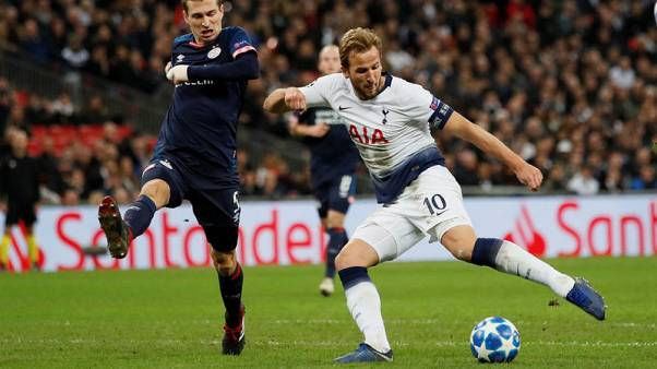Kane double against PSV revives Tottenham's hopes