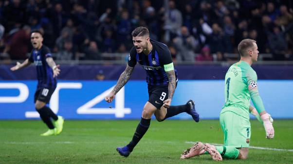 Icardi snatches draw for Inter but Barca through to knockout stage