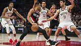 مكولوم يقود تريل بليزرز لتخطي باكس في دوري كرة السلة الأمريكي