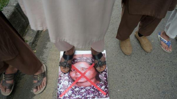 Pakistan: une semaine après son acquittement, Asia Bibi toujours en prison