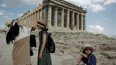 Surge in visitors to boost Greece's 2018 tourism revenues - minister