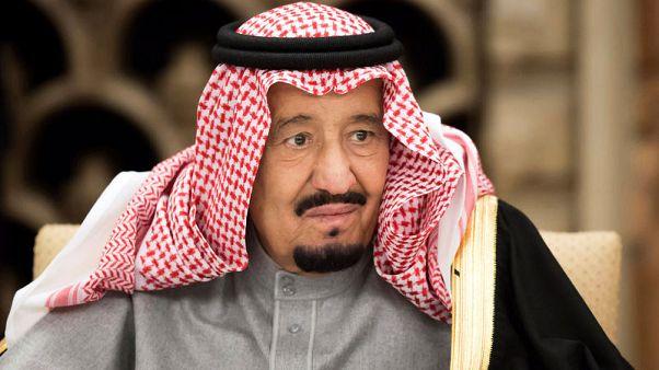 Saudi king shows support for heir on public tour despite Khashoggi crisis