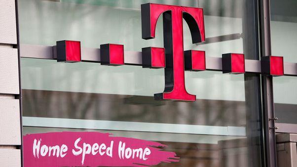 Deutsche Telekom ups guidance again as U.S. unit performs