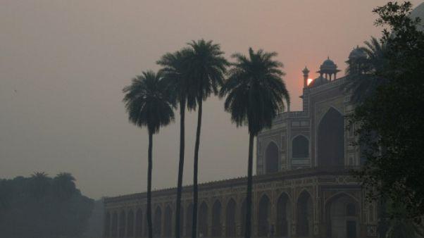 Delhi se réveille dans la pollution après les pétards de Diwali