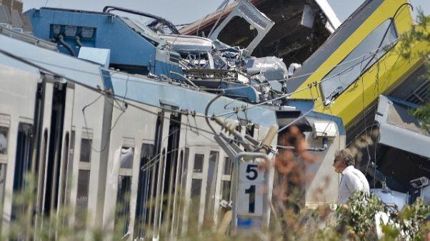 Strage treni Puglia, difesa imputati