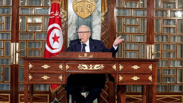 Tunisian president accepts new ministers, easing high-level standoff