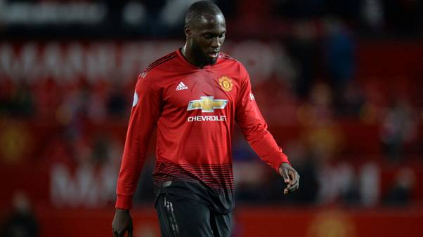 Man United's Lukaku back training ahead of derby day