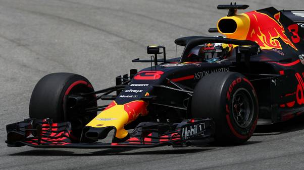 ريتشياردو يخضع لعقوبة تأخير في سباق جائزة البرازيل الكبرى