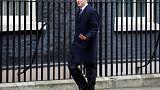 وزير بريطاني يستقيل ويدعو لاستفتاء جديد لتجنب الفوضى