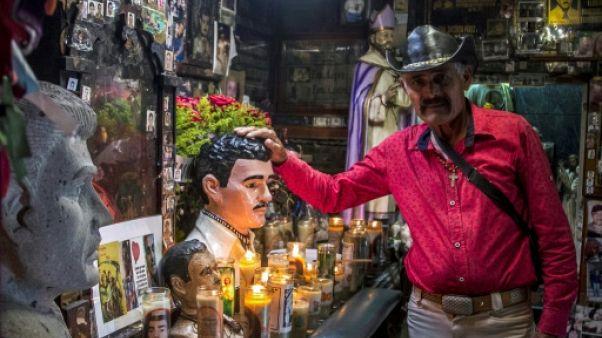 """Même emprisonné, l'ombre d""""El Chapo"""" plane toujours sur le Mexique"""