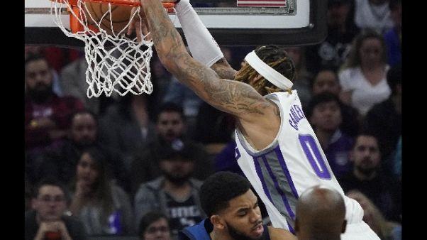 Basket: Nba,Philadelphia batte Charlotte