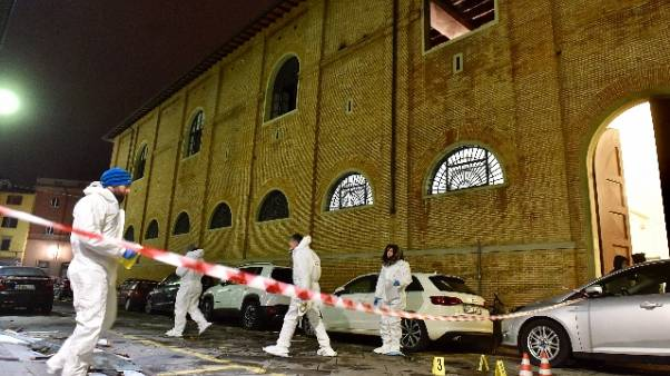 Agente morto a Firenze,6 avvisi garanzia