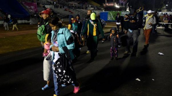 Mexique: des milliers de migrants franchissent une nouvelle étape vers les USA