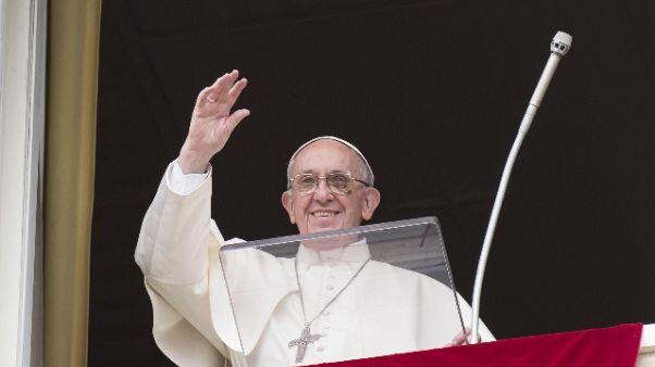 Papa: no a uso religione contro i deboli