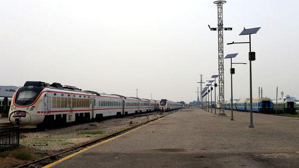 خط قطارات بغداد-الفلوجة يعود للحياة بعد تطهير مساره من ألغام الدولة الإسلامية
