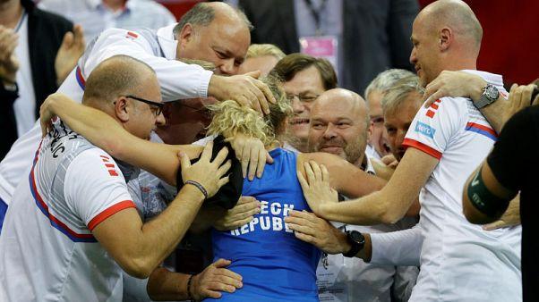 سينياكوفا تتألق مع انتزاع التشيك للقبها السادس بكأس الاتحاد للتنس منذ 2011