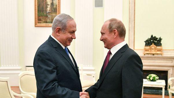 وكالة نقلا عن الكرملين: بوتين تحدث مع رئيس الوزراء الإسرائيلي في باريس